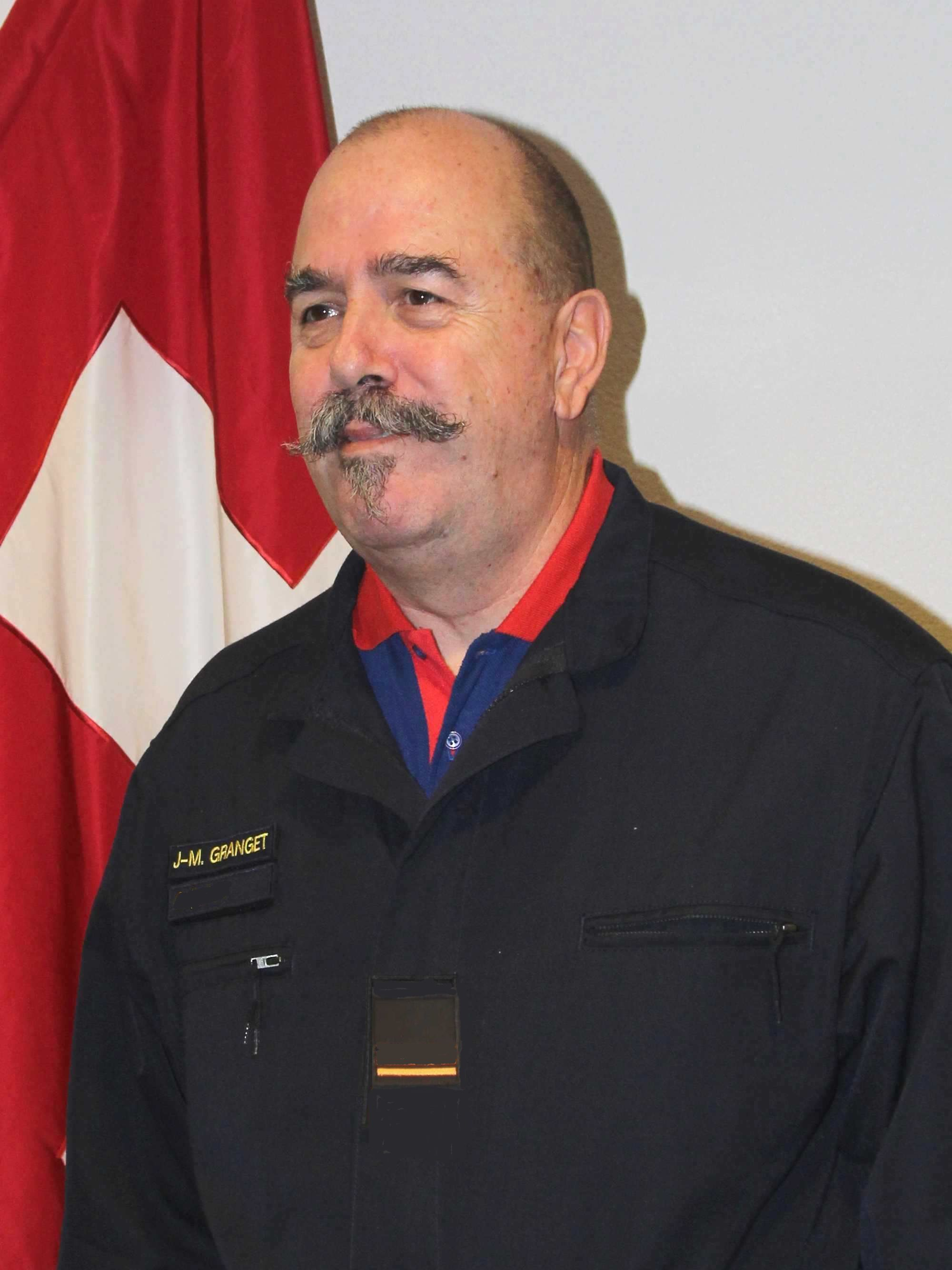 Lieutenant Jean-Marc Granget,  Enseigne